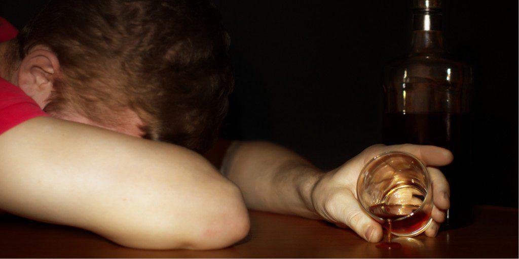 signs of alcoholism, Binge Drinking